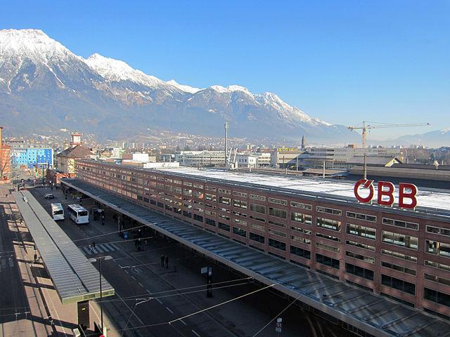 Estación de tren Innsbruck Hauptbahnhof, Austria